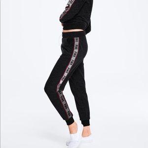 Victoria's Secret Pink classic jogger